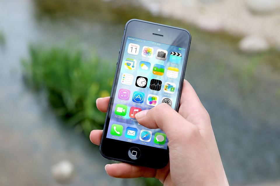 Parhaat mobiilikasinot tukevat myös mobiilivedonlyöntiä